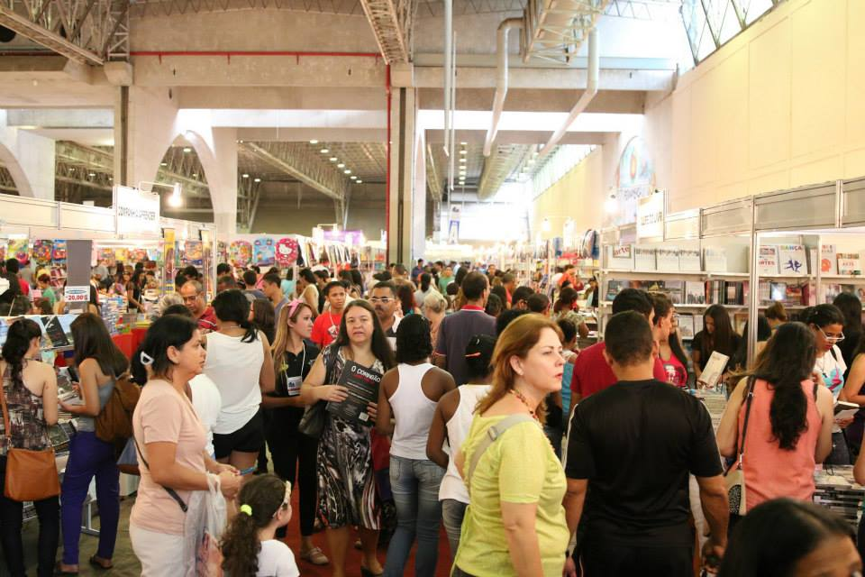 Bienal do Livro ganha sessão solene pelos seus vinte anos da Assembleia Legislativa de Pernambuco nesta quarta