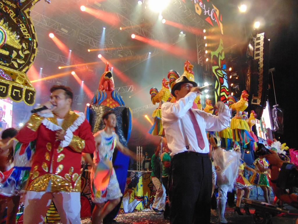 Almir Rouche e Convidados sacodem o Marco Zero na abertura do Carnaval do Recife