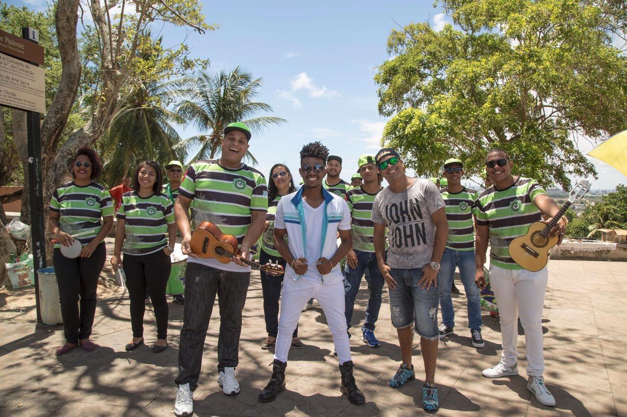 Domingo tem a Banda Patusco no 22º Desfile Cívico de Festival do Estudante!