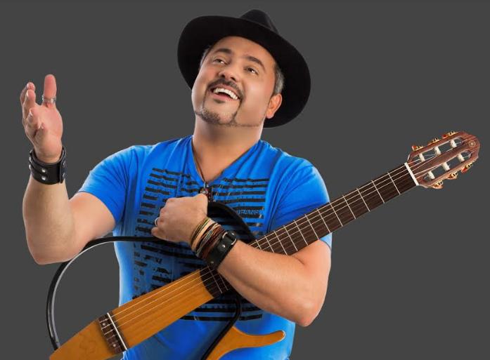 Geraldinho Lins canta na Sala de Reboco nesta sexta-feira (13/07)!