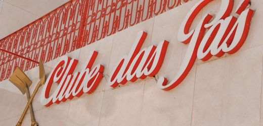 Claudio dos Teclados agita a sexta do brega no Clube das Pás  Festa acontece a partir da 19h nesta sexta (13).