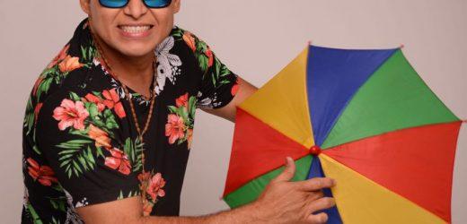 07 de março: Almir Rouche é a principal atração  do Bloco Sinal Verde no pós-carnaval do Recife.