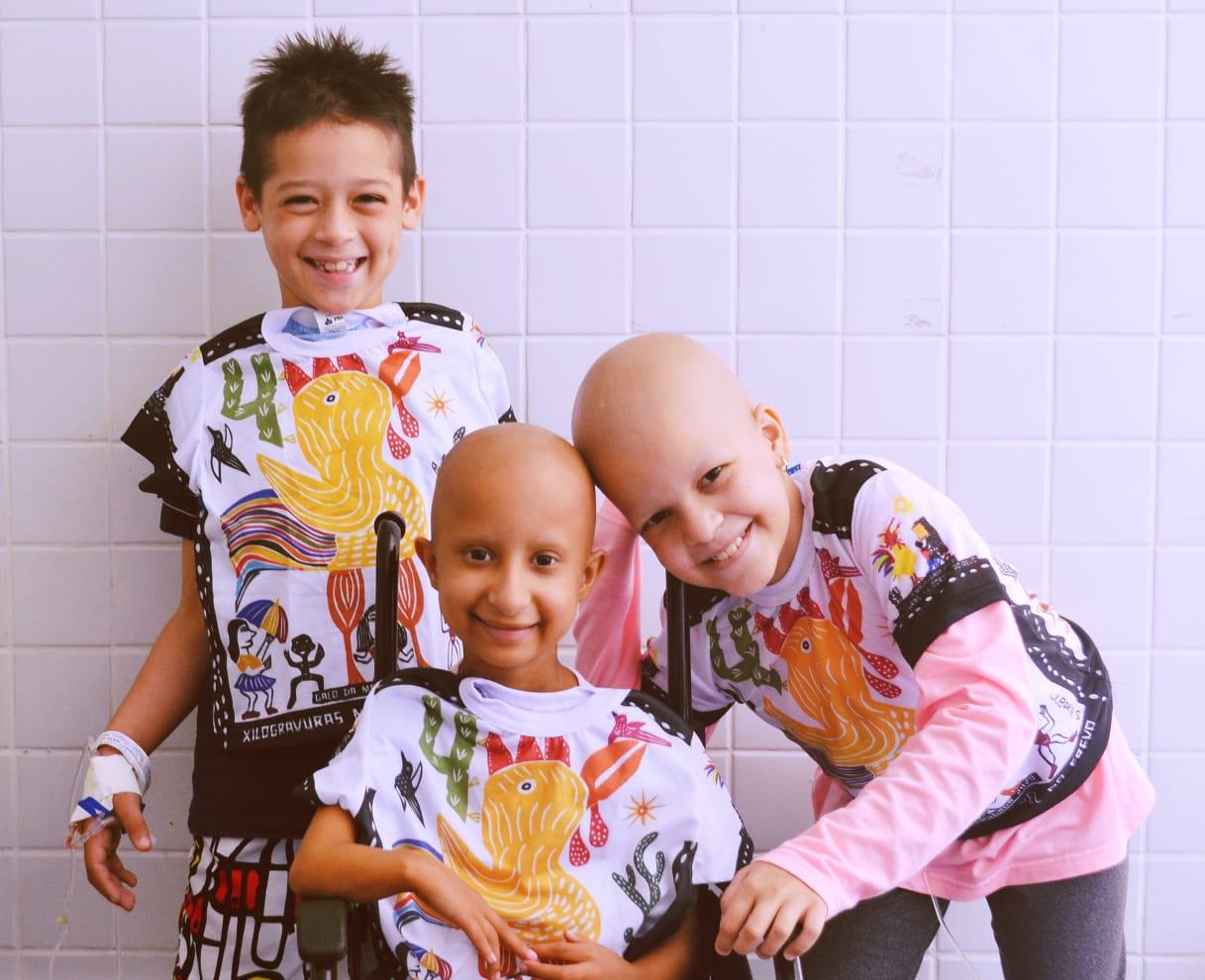 Galo da Madrugada faz doação à Grupo de Ajuda à Criança Carente com Câncer de Pernambuco – (GAC-PE).