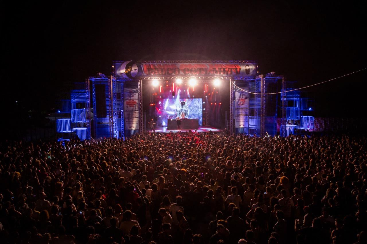 11-23/01/2021: FESTIVAL NO AR COQUETEL MOLOTOV ANUNCIA 17ª EDIÇÃO PARA JANEIRO DE 2021