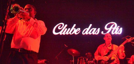 """Domingo 07/02 O Clube das Pás realiza live oficial com o tema """"Noite de Gala Multicultural""""."""